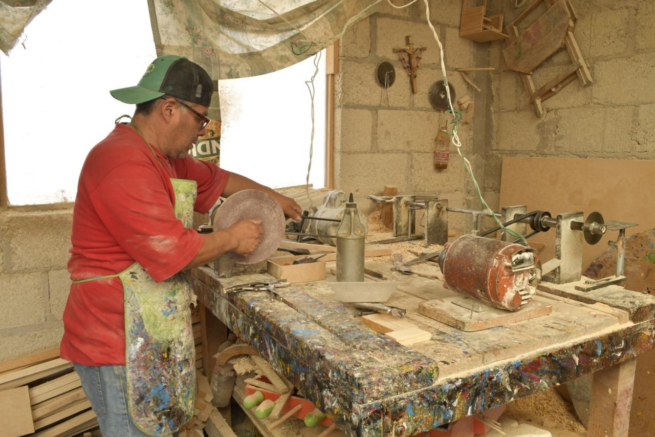 edomex-san-antonio-la-isla-el-paraiso-de-los-juguetes-de-madera-creados-por-artesanos-mexicanos-3-160494