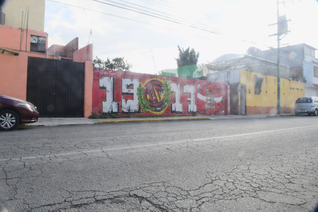 orgullo-gloria-y-tradicion-plasmada-en-calles-de-la-ciudad-por-el-colectivo-rojo-capo-7-video