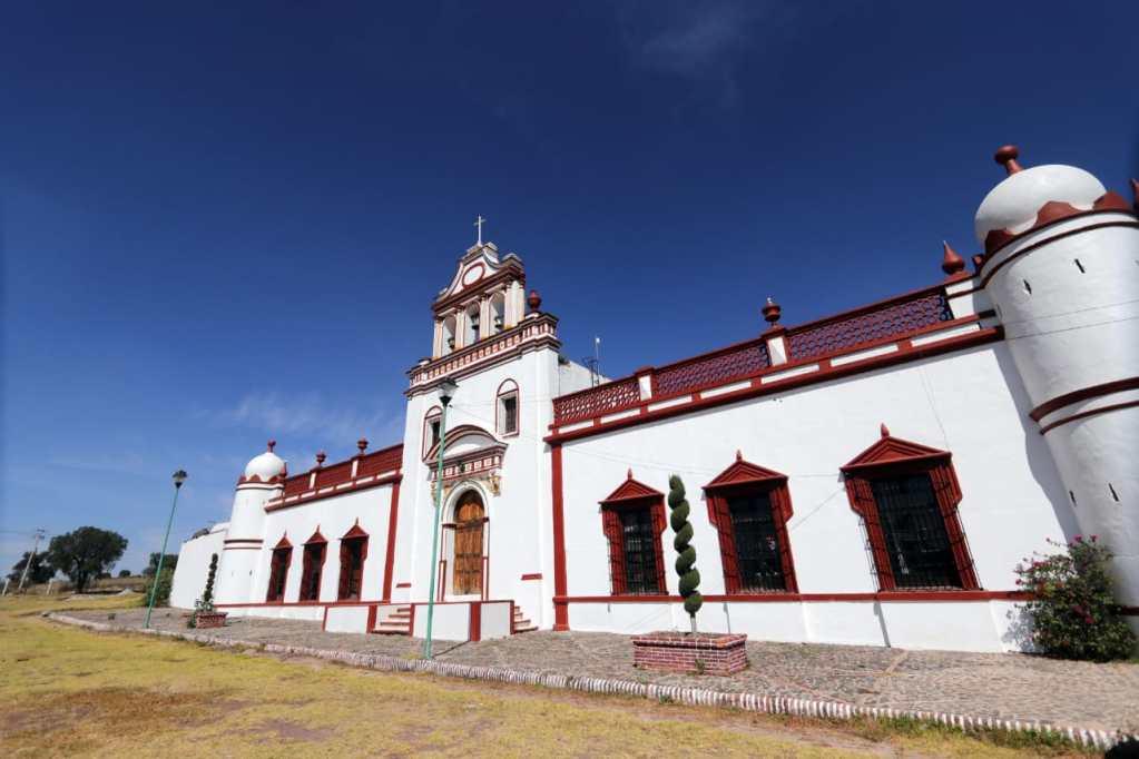 A su vez si lo que te gusta es la historia y construcciones religiosas, Axapusco cuenta con diferentes construcciones emblemáticas