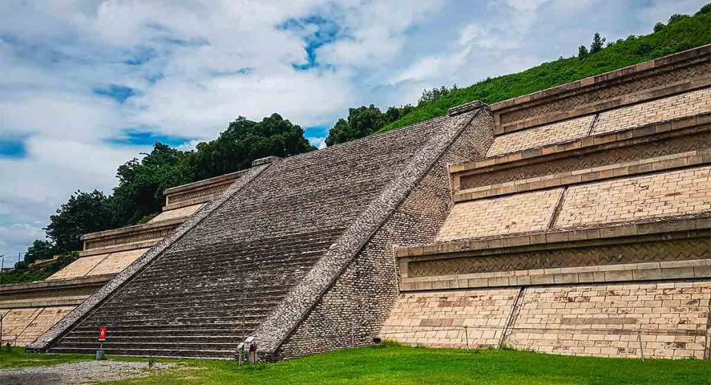 Conoce todo sobre la Pirámide más grande del mundo en México