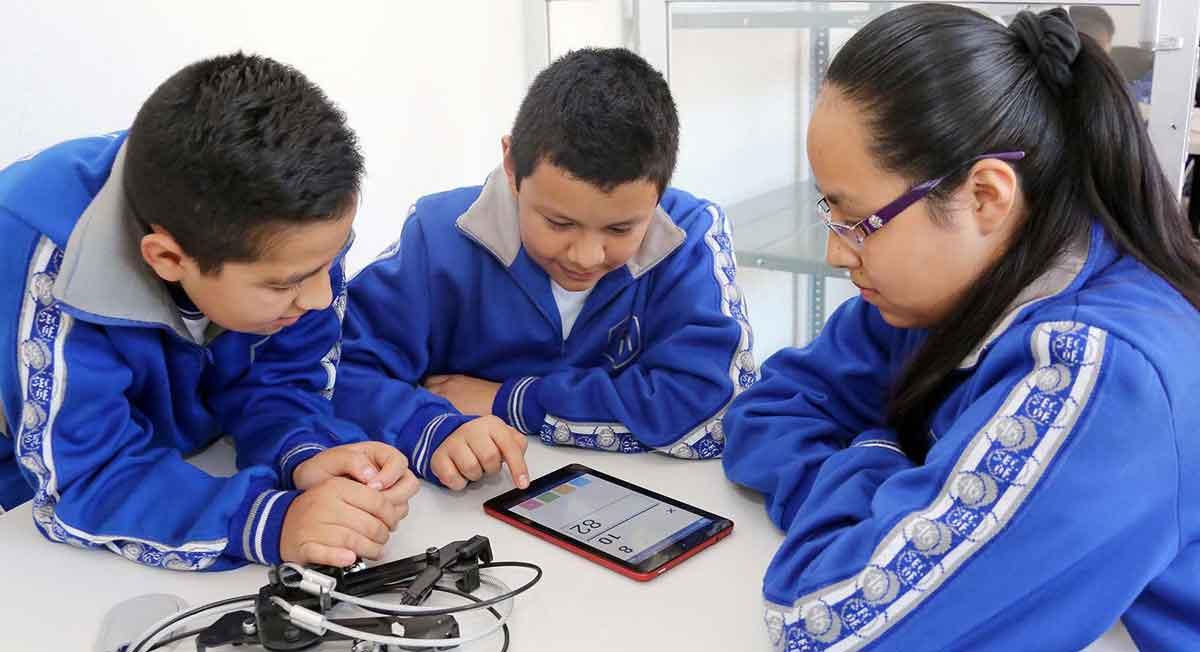 Beca SEIEM es una apoyo para estudiantes de nivel básico