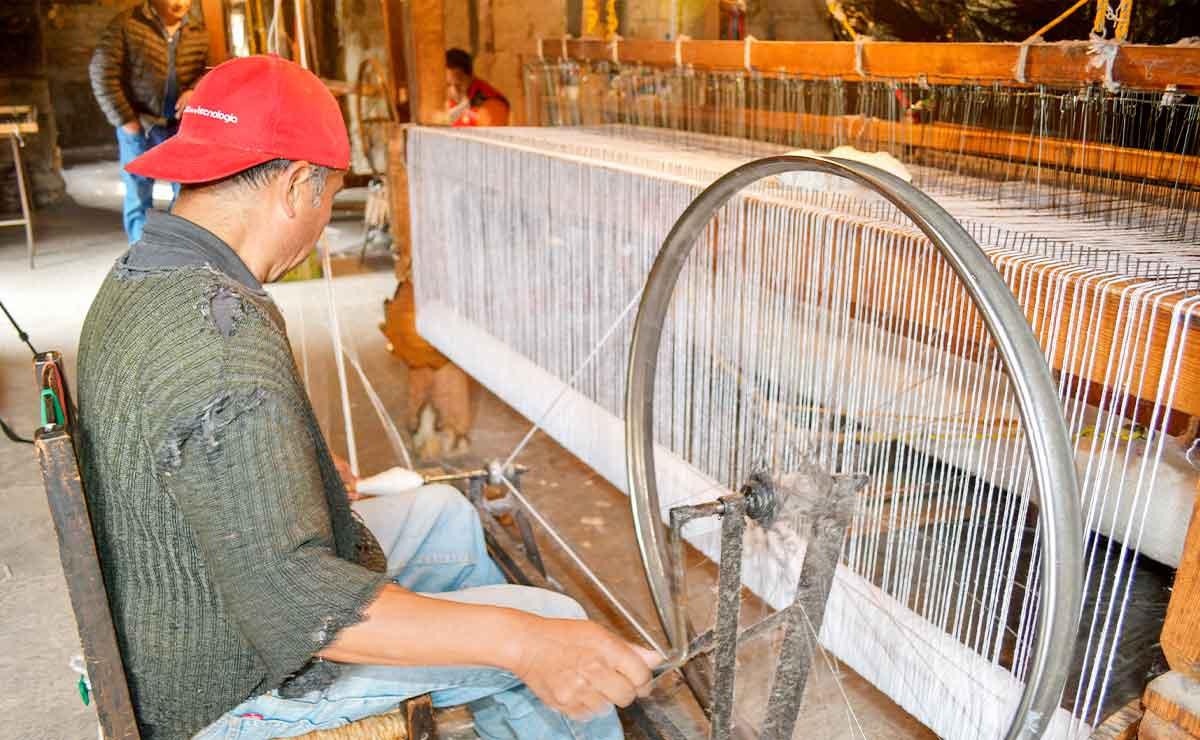 Colchas artesanales mexicanas de San Andrés Cuexcontitlán.