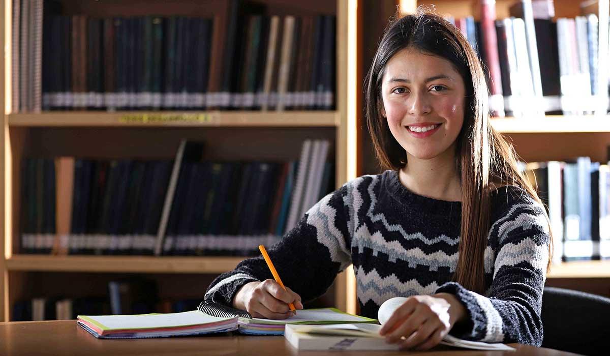 Beca de excelencia académica 2021, requisitos y cómo obtener 17 mil pesos