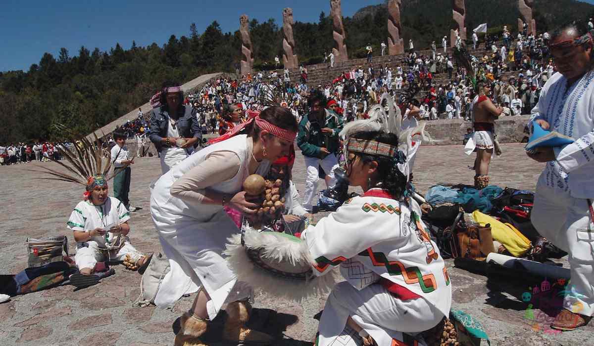 Rituales de la cultura otomi en el centro ceremonial