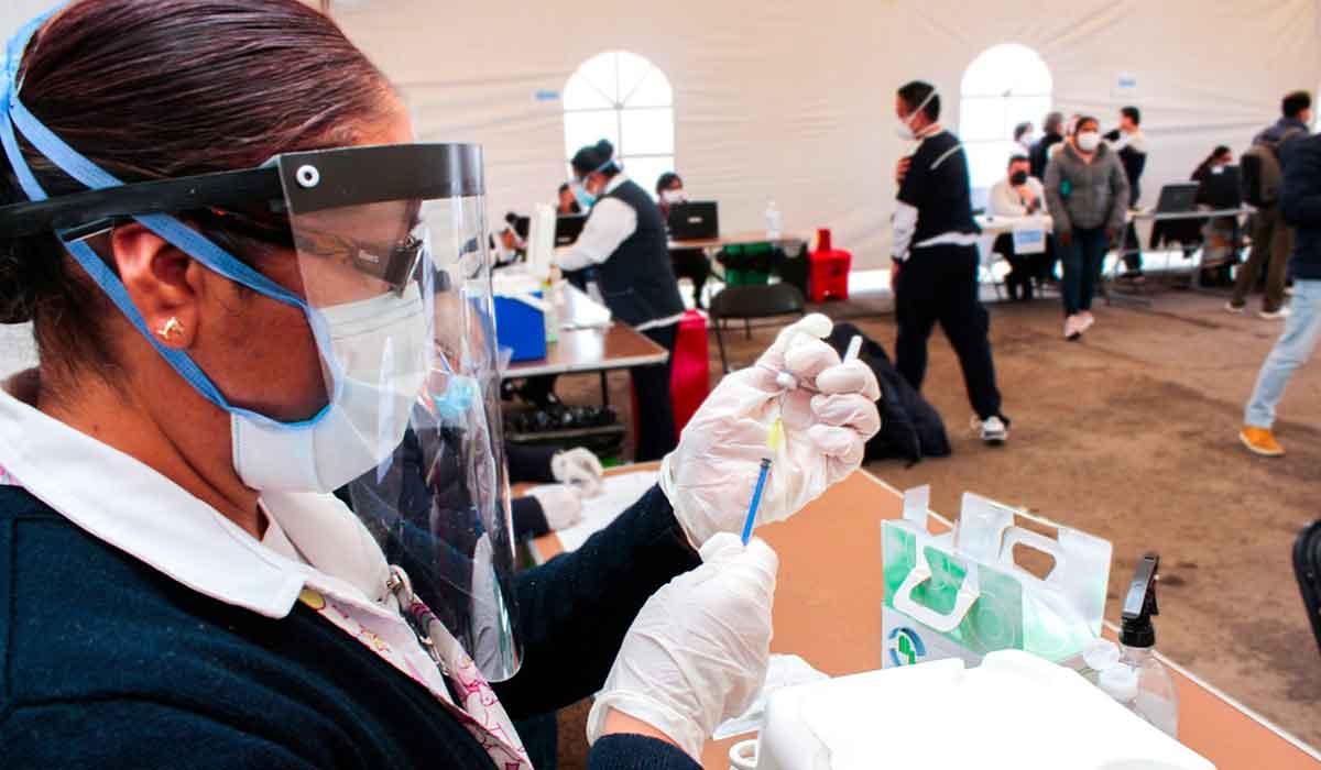 Vacunación contra Covid en Toluca - jóvenes de 18 a 29 años