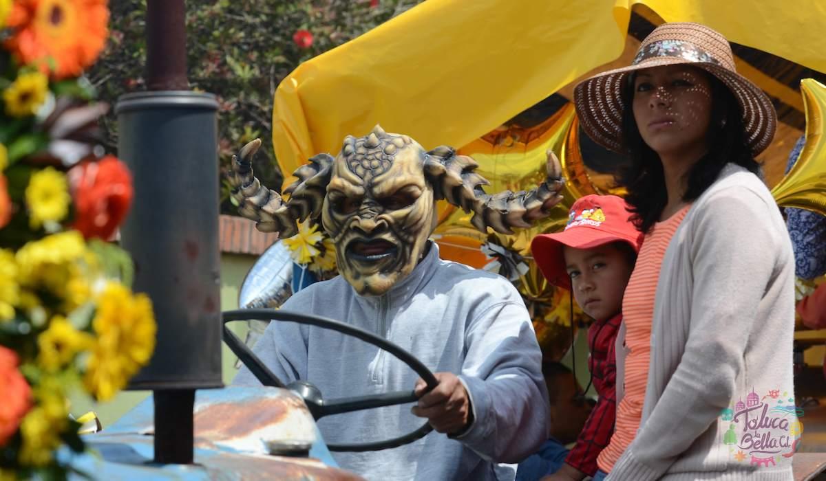 Disfraces y originalidad en el Carnaval de San Francisco Tlalcilalcalpan